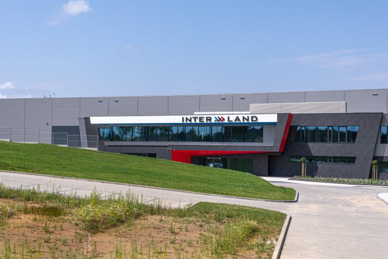 Centrum Logistyczne INTER LAND w Stawigudzie